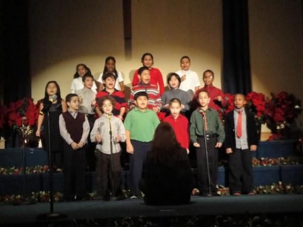 Elementary Christmas Program 09 002
